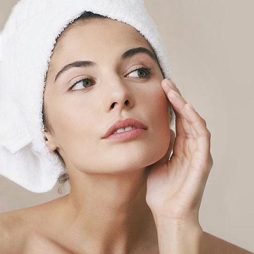 علائم پوست خشک و خشکی پوست و پیشنهاد مزطوب کننده